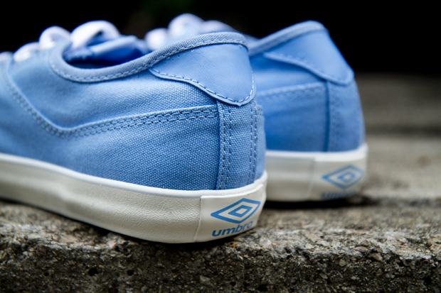 Image of Umbro Blue Milton Canvas