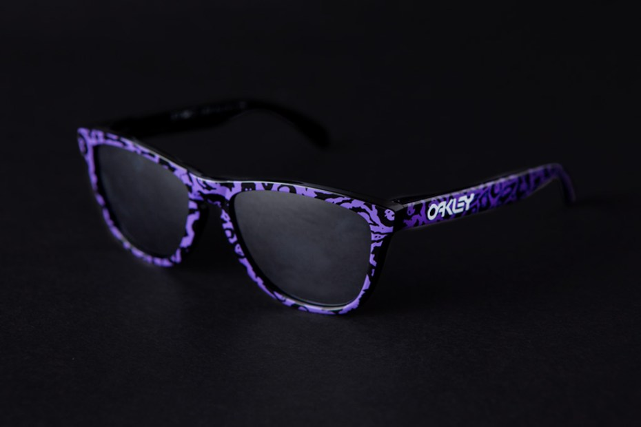 Image of 3.V.O.7.  x Oakley Frogskins