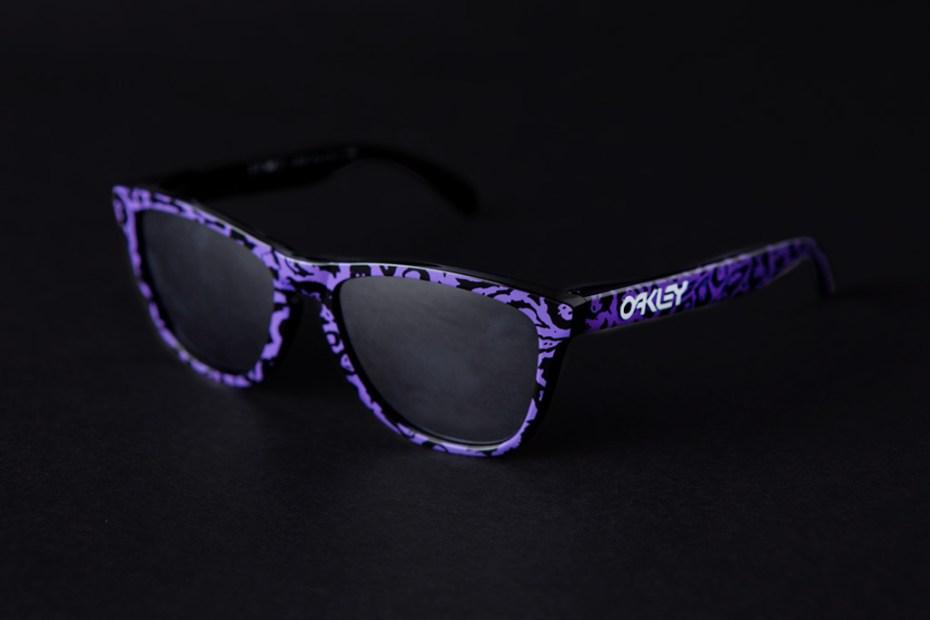 Image of 3.V.O.7.  x Oakley Frogskins