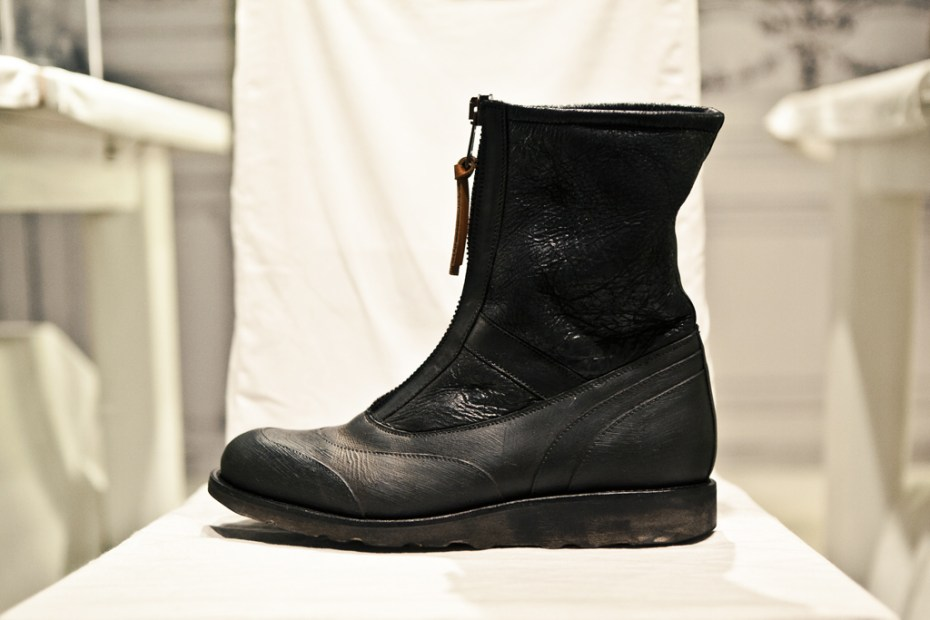 Image of Maison Martin Margiela Zipped Ankle Boots