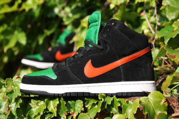 "Image of Nike SB Dunk High ""Jägermeister"""
