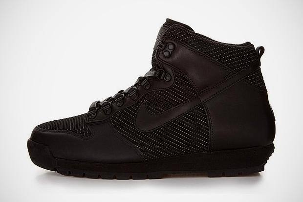 Image of Nike Sportswear Lava Dunk Black/Black