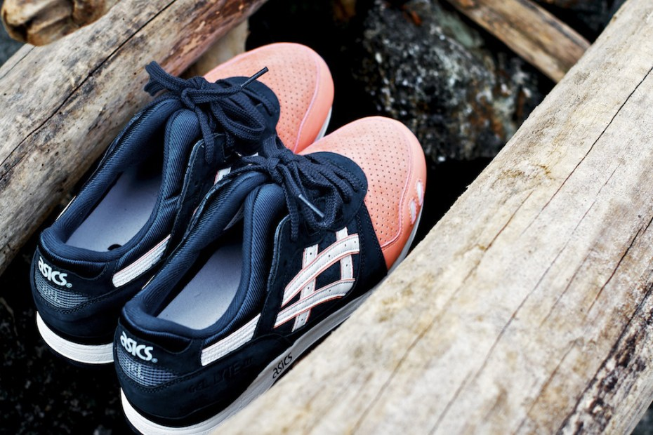 "Image of Ronnie Fieg x ASICS Gel Lyte III ""Salmon Toe"""