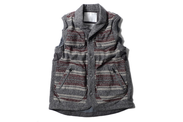 Image of White Mountaineering Ring Yarn Blanket Border Field Vest