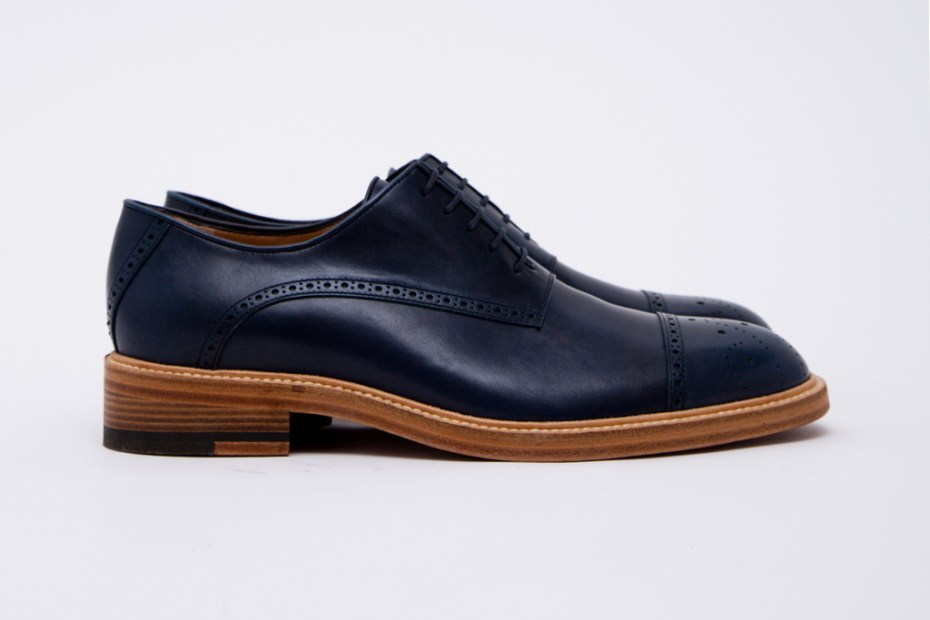 Image of Band of Outsiders Classic Shoes Blue Navy