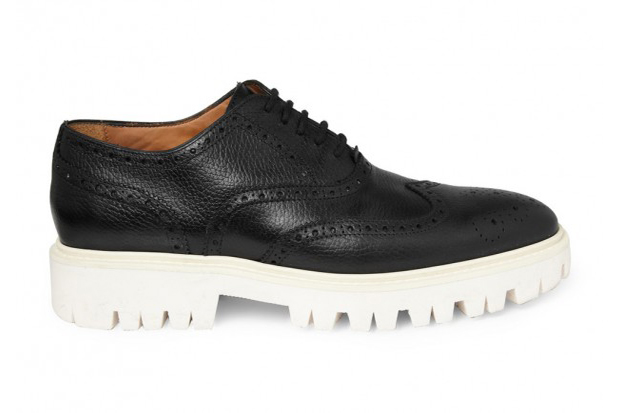 Image of Burberry Contrasting Sole Leather Brogue