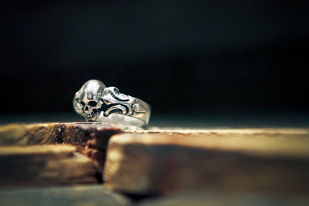Image of Crazy Pig Designs Tudor 1 Skull Ring
