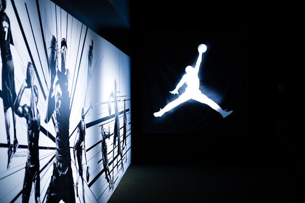 Image of Jordan 2011 Holiday Flight Forum