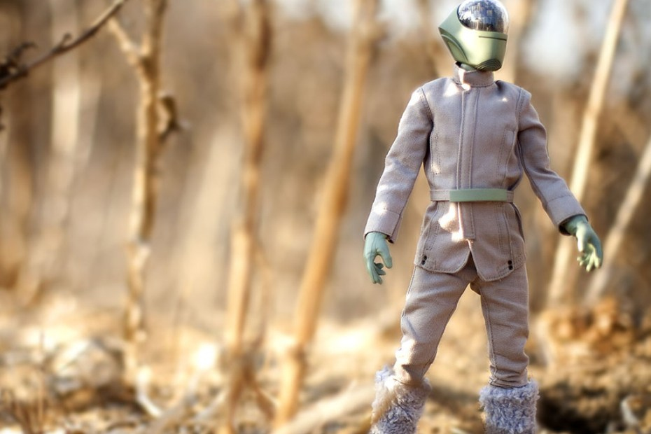 "Image of UNDERCOVER x Medicom Toy ""UNDERMAN"" 12-Inch Figures Further Look"