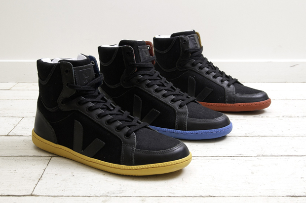 Image of Veja 2011 SPMA Black Limited edition
