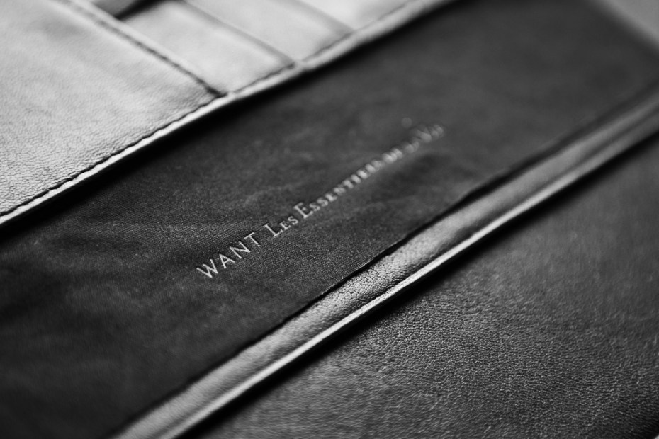 "Image of WANT Les Essentiels de la Vie 2011 Holiday ""NARITA"" iPad 2 Case"