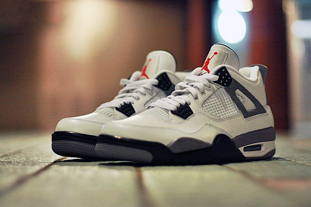 Image of Air Jordan IV 2012 White/Cement Grey Retro Preview