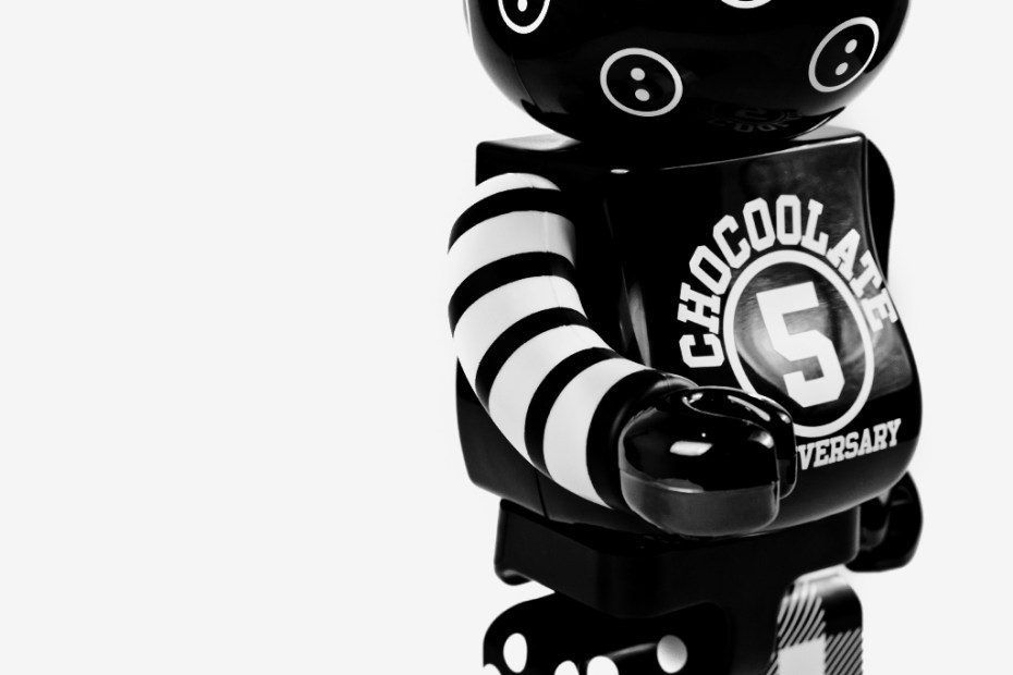 "Image of :CHOCOOLATE x Medicom Toy ""5th Anniversary"" Bearbrick"