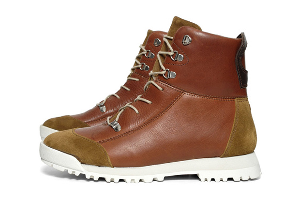 Image of Folk Chestnut Oiled Leather Pascal Boot