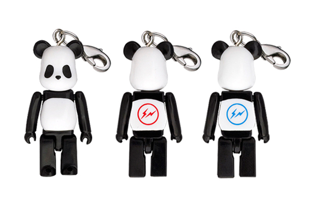 Image of fragment design x Medicom Toy Bearbrick Panda 50%
