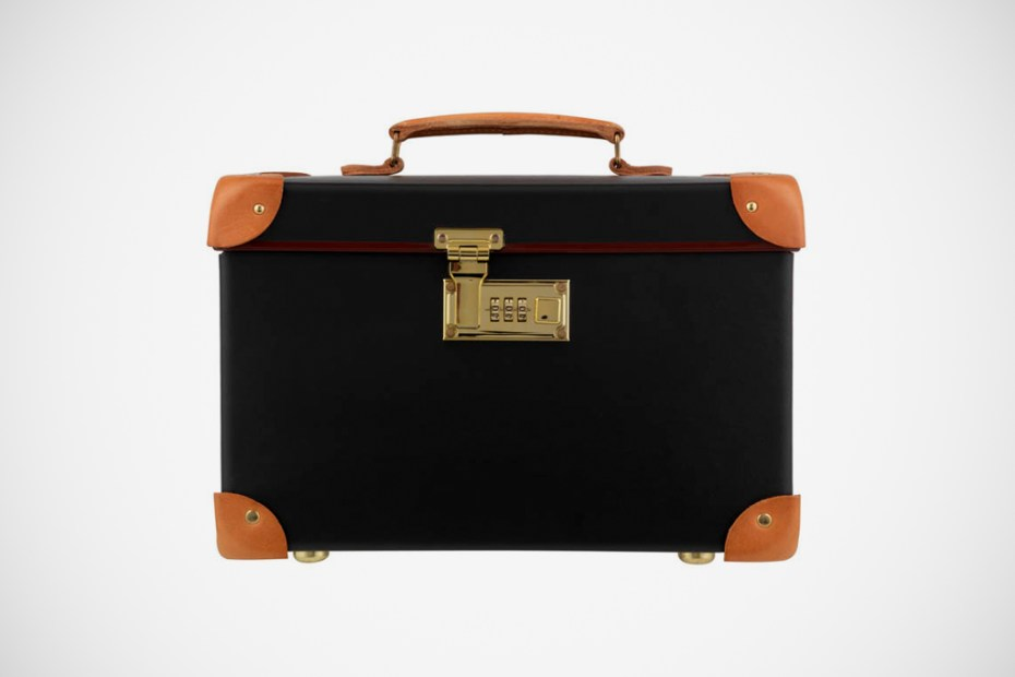 "Image of Globe-Trotter Safari Colonial 13"" Vanity Case"