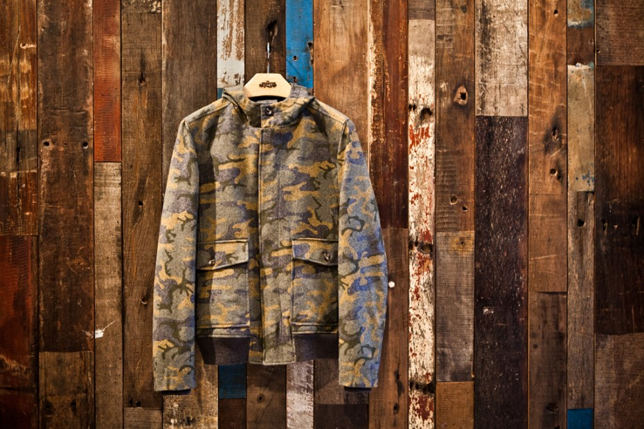 Image of Hentsch Man Camo Wool-blend Hooded Jacket