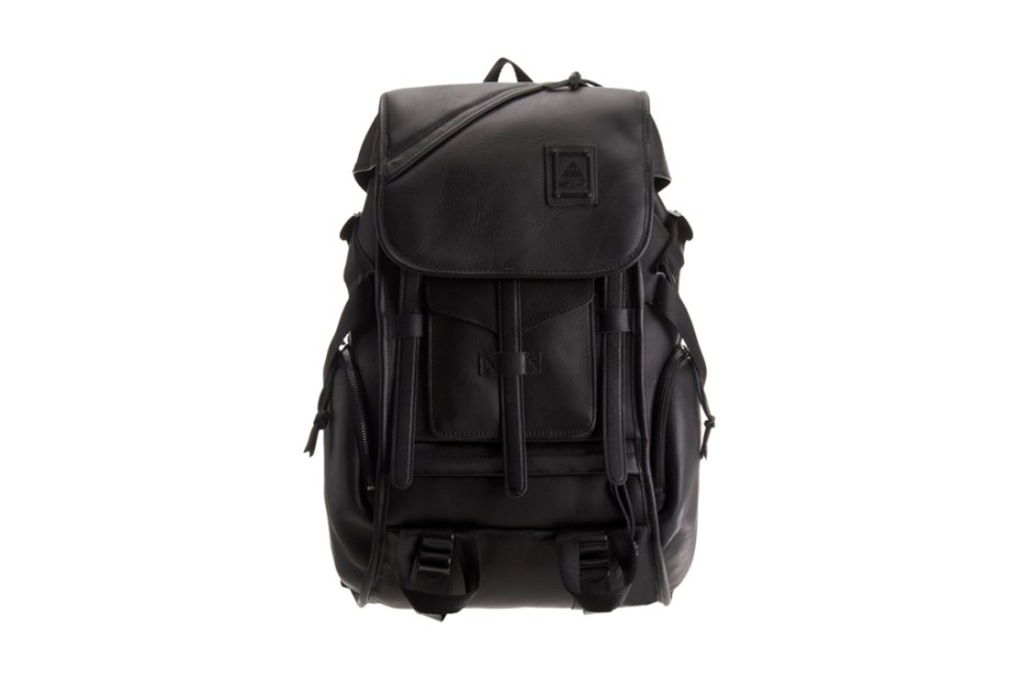 Image of JanSport 2011 Holiday Carbon Collection