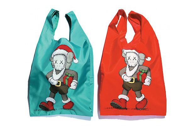 "Image of KAWS x HARBOUR CITY x AllRightsReserved ""Santa Cross is Coming to City"" Tote Bag"