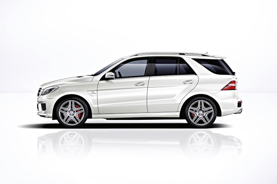 Image of Mercedes-Benz 2012 ML63 AMG