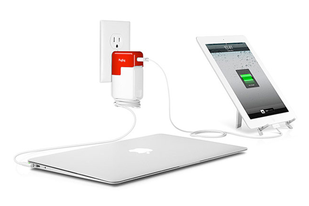 Image of PlugBug iPhone/iPad Charger