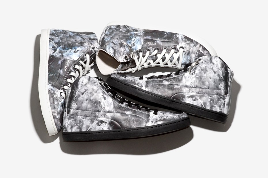 "Image of PUMA by Alexander McQueen ""Ice Print"" Sneakers"