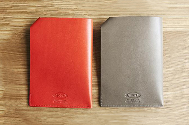 Image of Tod's x Monocle 2011 Passport Holder