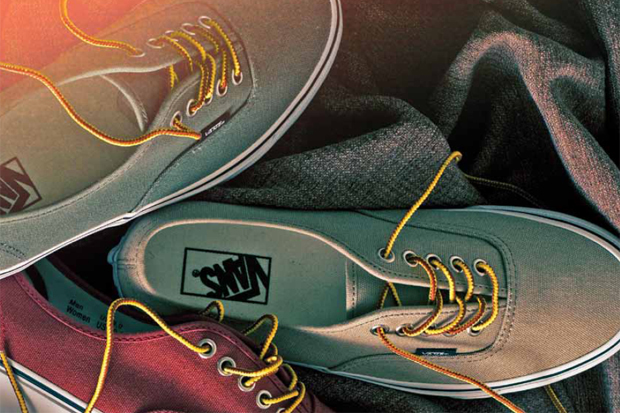 "Image of Vans Classic 2011 Holiday ""10 oz Canvas Pack"""
