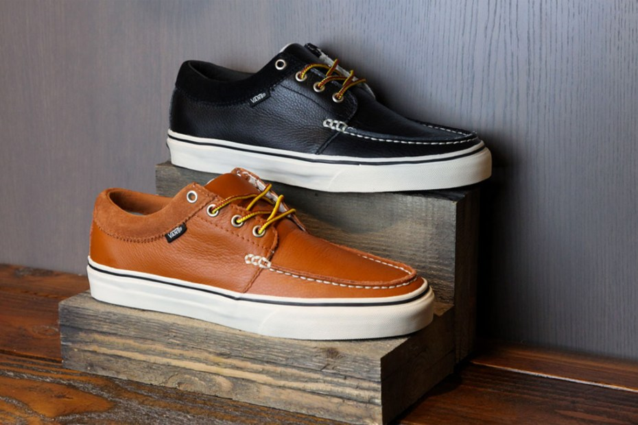 Image of Vans Classics 2011 Holiday Leather 106 Moc