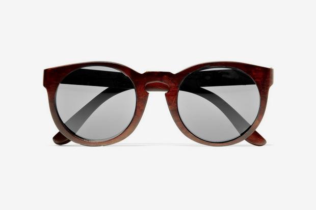 Image of Illesteva Leonard Round Framed Wooden Sunglasses