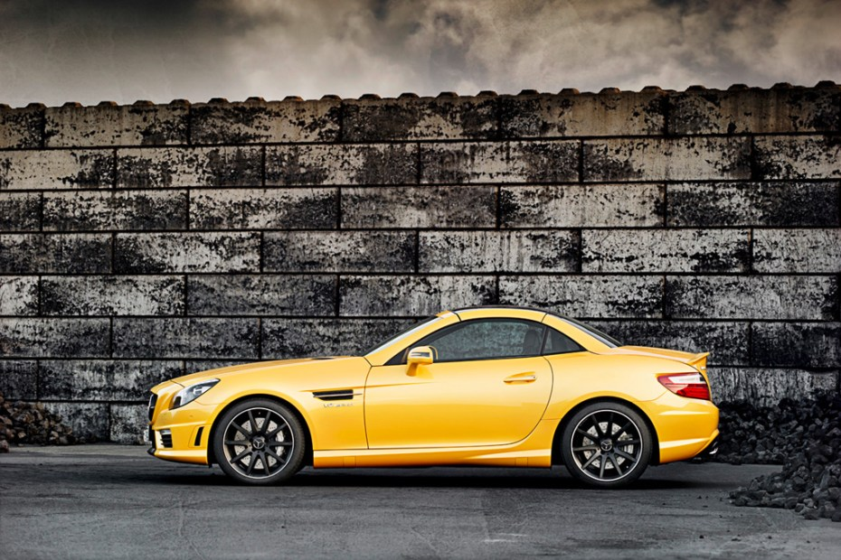 Image of Mercedes-Benz SLK 55 AMG and Ducati Streetfighter 848 Highlight Coalition
