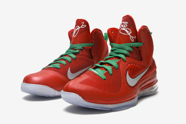 Image of Nike LeBron 9 &quot;Christmas&quot;
