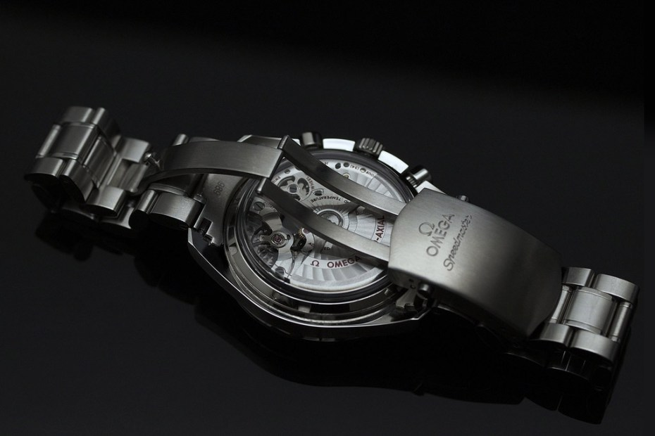 Image of Omega Speedmaster Moonwatch Co-Axial Chronograph