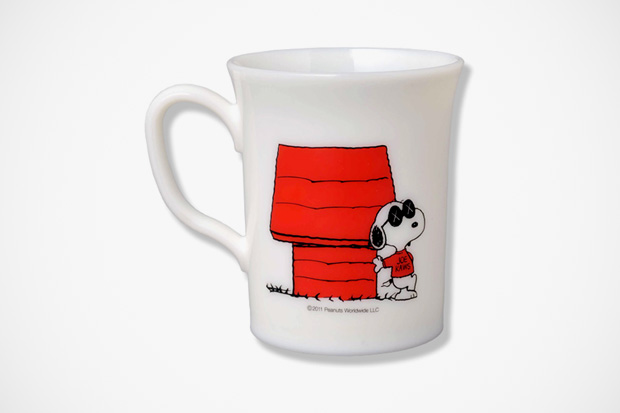 "Image of OriginalFake x Peanuts ""JOE KAWS"" Mug"