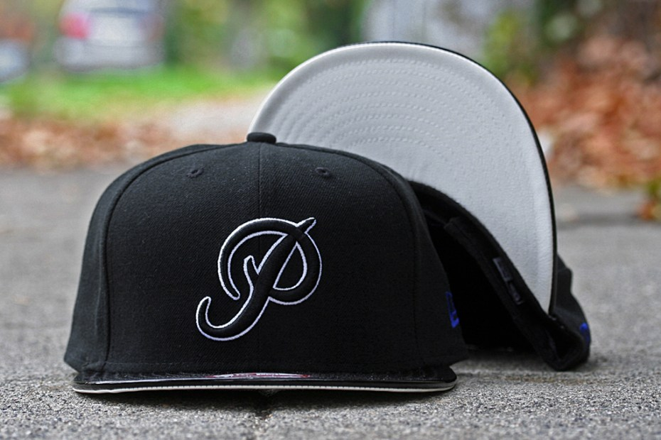 Image of Primitive 2011 Holiday Classic P Snapback Cap