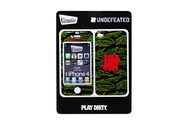 Image of Undefeated x Gizmobies iPhone 4/4S Protector