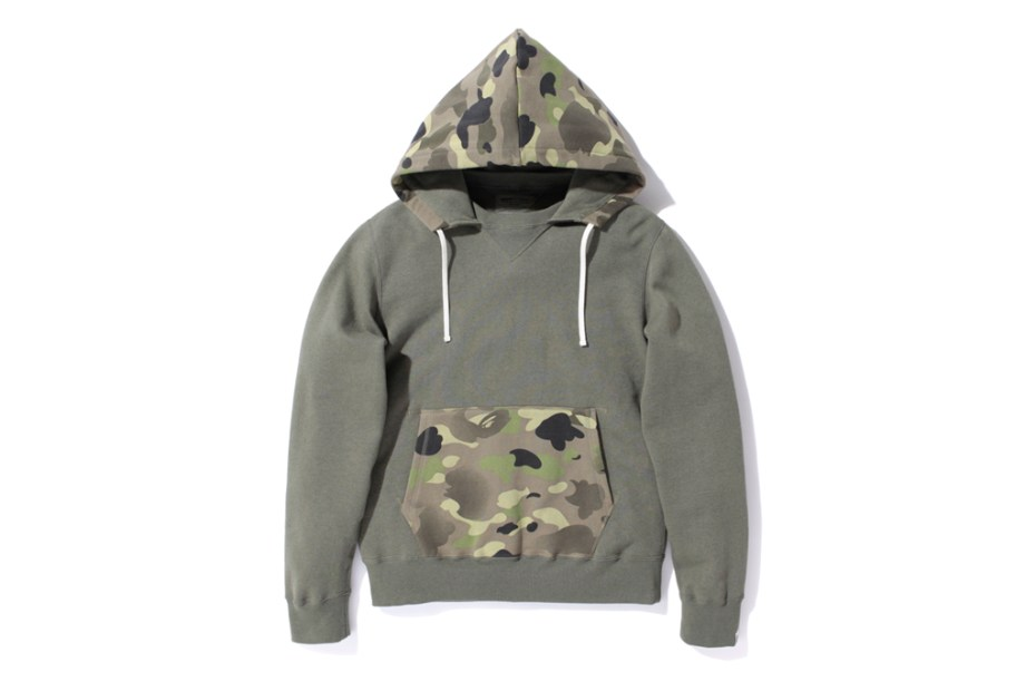 Image of A Bathing Ape 1ST CAMO GRADATION HOODED CREWNECK