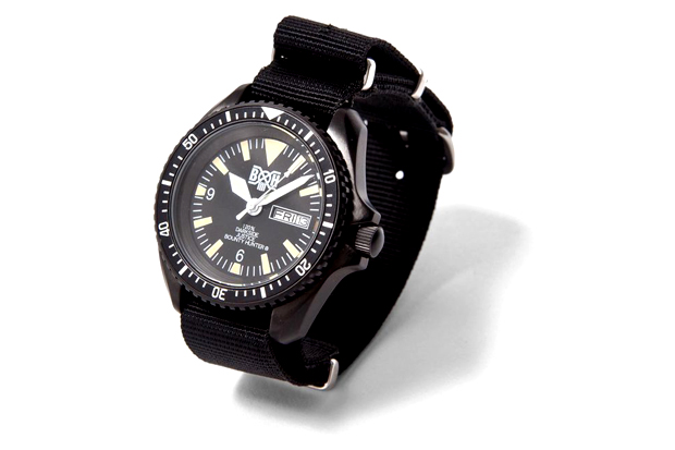 "Image of BOUNTY HUNTER ""BxH 03"" Watch"