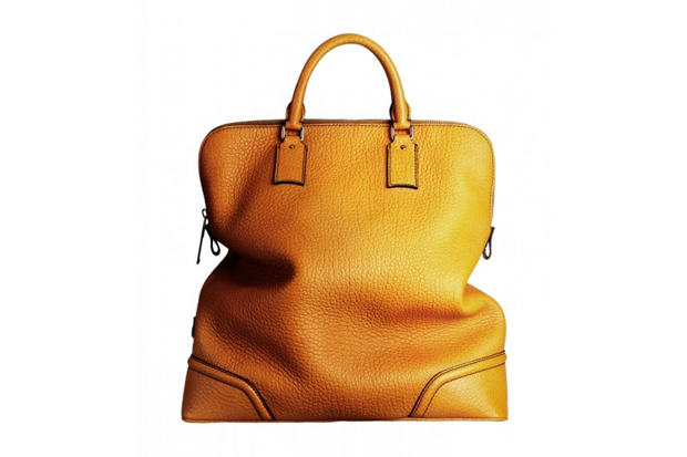 Image of Burberry Prorsum 2012 Fall/Winter Bag Collection