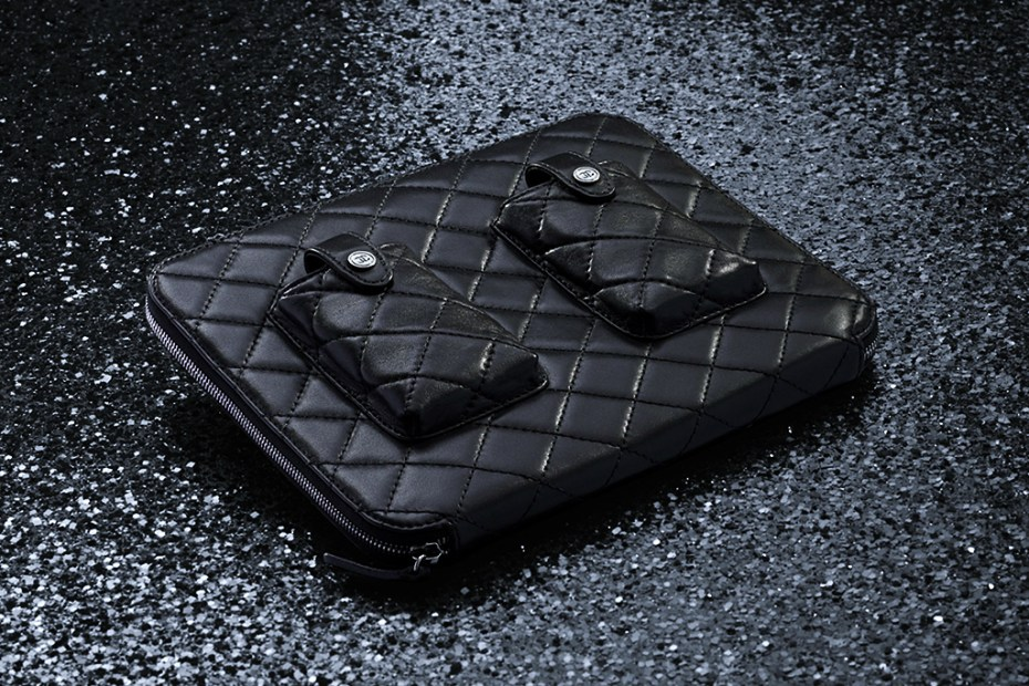 Image of Chanel 2012 Spring/Summer Lambskin iPad Case