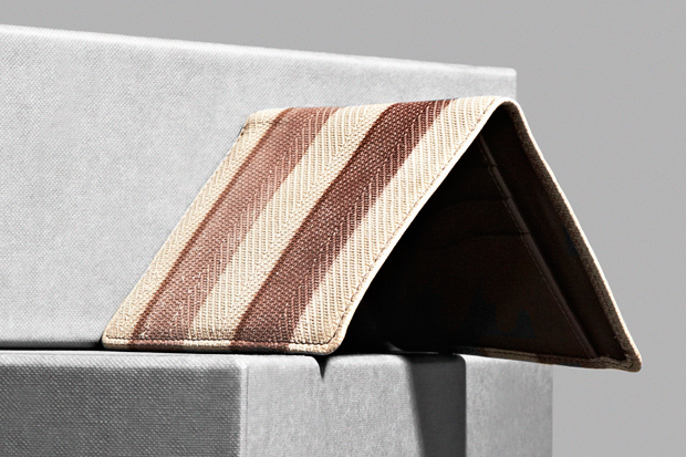 Image of Dries Van Noten 2012 Spring/Summer Accessories Collection