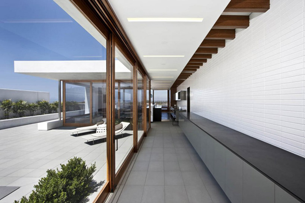 Image of Harborview Hills by Laidlaw Schultz Architects