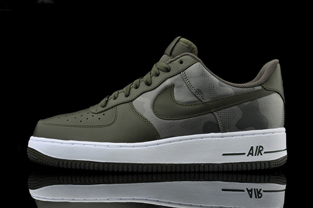 "Image of Nike Air Force 1 ""Dark Camo"""