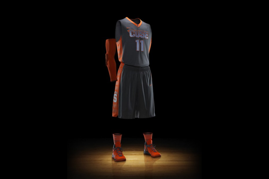 Image of Nike Hyper Elite Platinum NCAA Uniforms