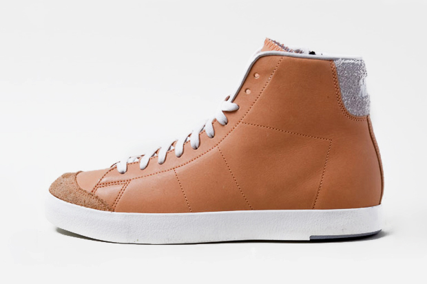 Image of Nike Sportswear All Court Mid Leather Preview