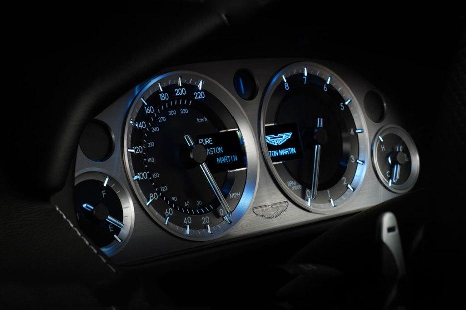 Image of 2012 Aston Martin V8 Vantage