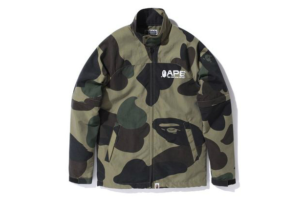 Image of A Bathing Ape GIANT 1ST CAMO RAIN JACKET