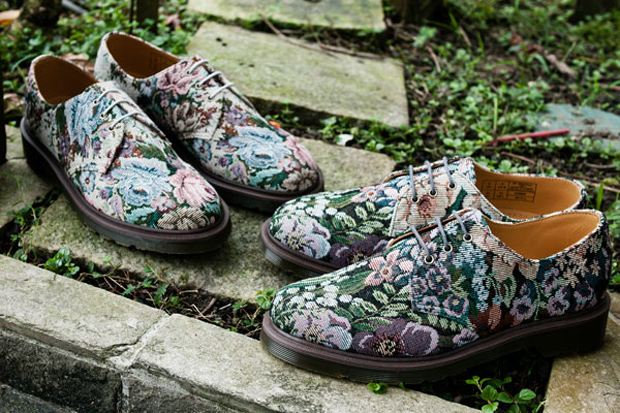 Image of Dr. Martens 2012 Spring/Summer Needlepoint 3-Eye Shoe