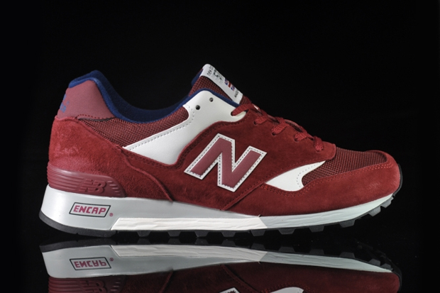 "Image of New Balance M577 D ""Deep Red/Ivory"""