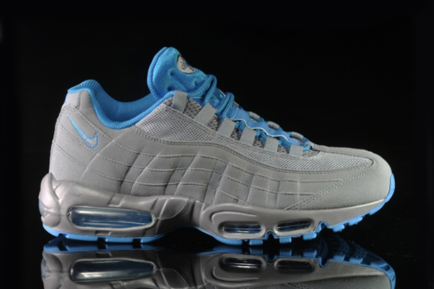 Image of Nike Air Max 95 Stealth